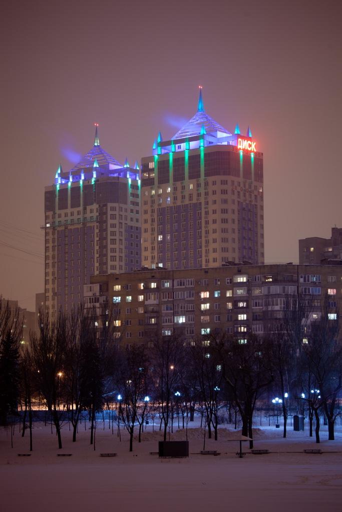 Запущена вторая очередь архитектутрного освещения жилого комплекса
